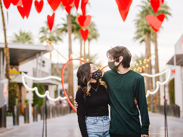 love-shot-couple-free-february-things-to-do